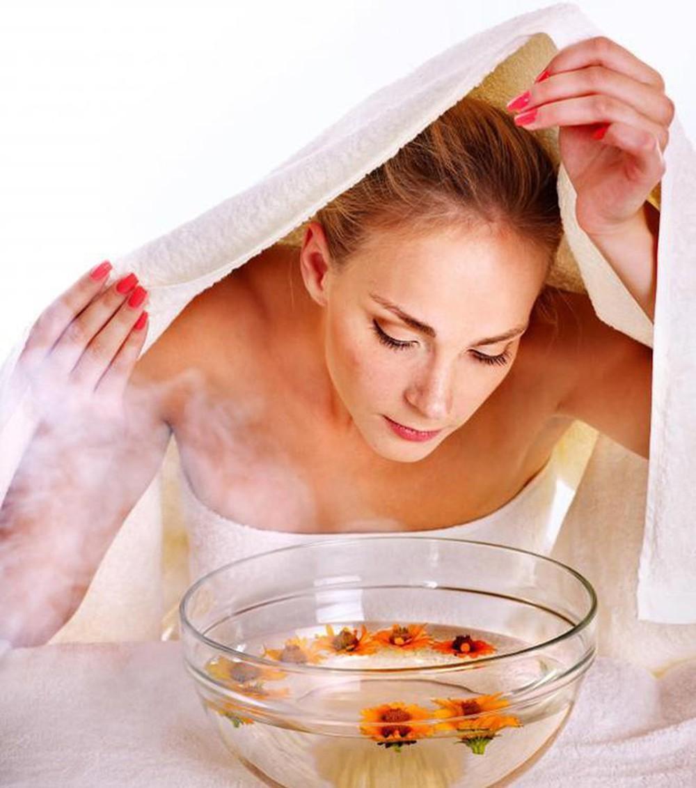 Cách xông hơi thải độc cho da mặt đơn giản hiệu quả